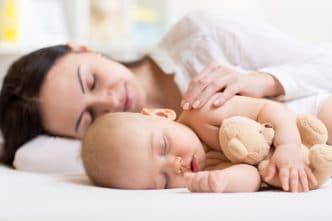 Cuánto duermen bebés