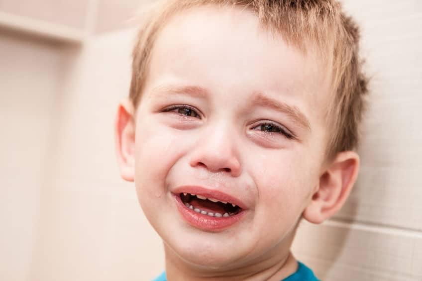 hijo llora
