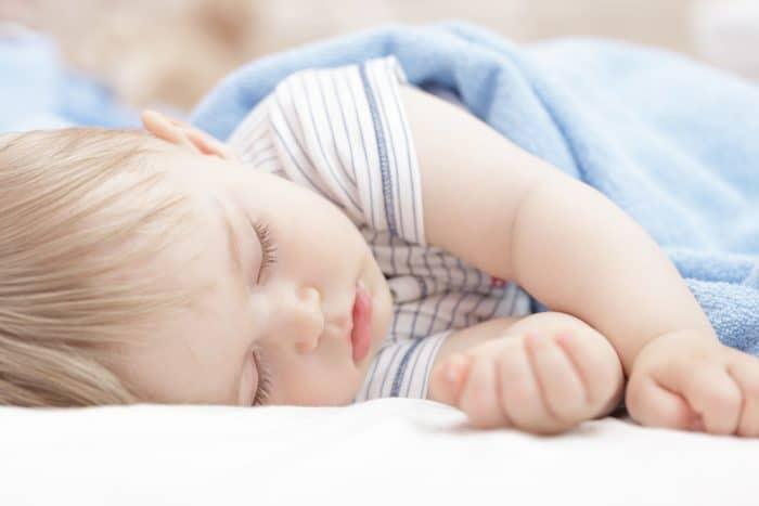 horas de sueño bebé recién nacido