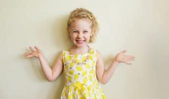 niña feliz