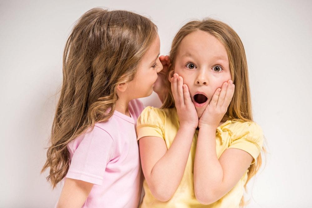 Cómo evitar que los hijos sean cotillas