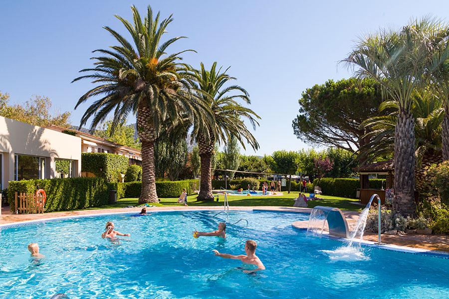 Camping Les Medes, en L'Estartit, Girona, Costa Brava