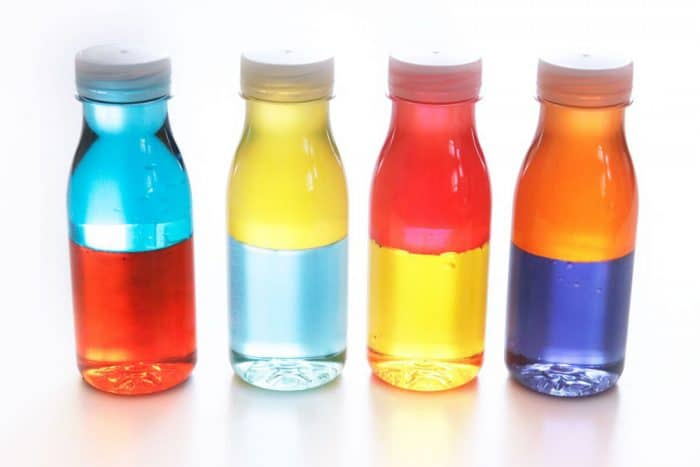 Botellas sensoriales liquida colores