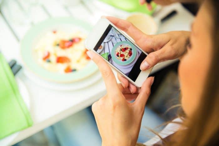 prohibir redes sociales adolescentes