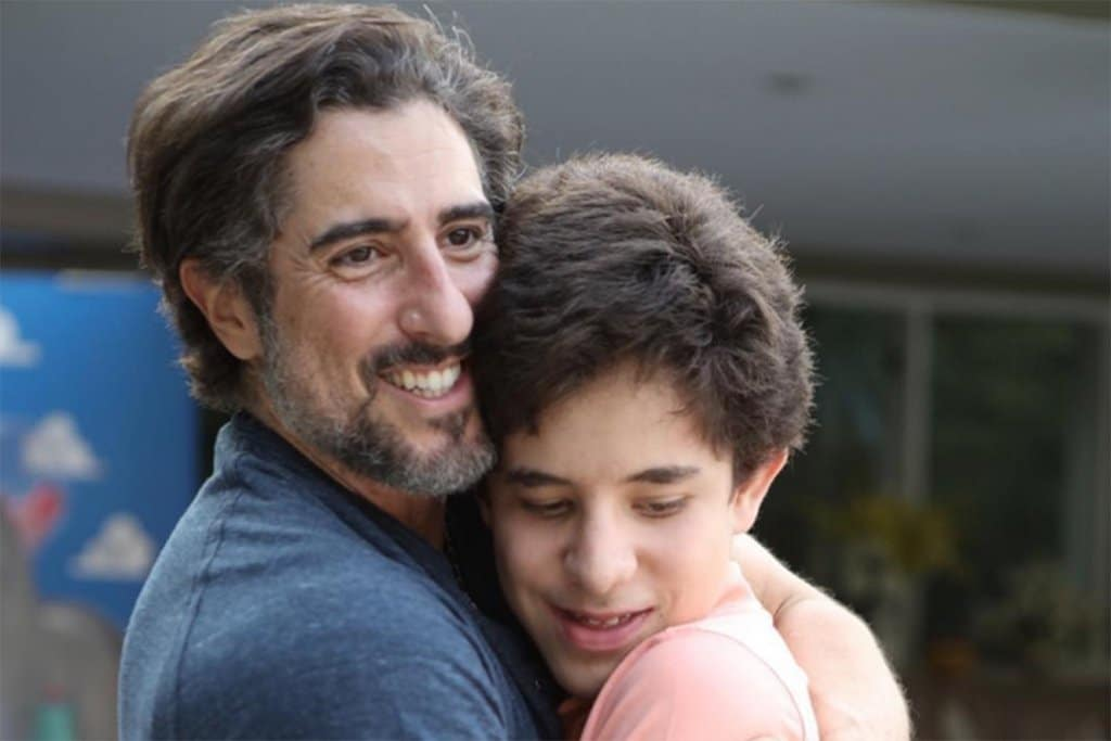 Marcos Mion y su hijo con autismo