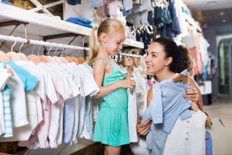 Tallas de ropa y calzado para bebés y niños por edad