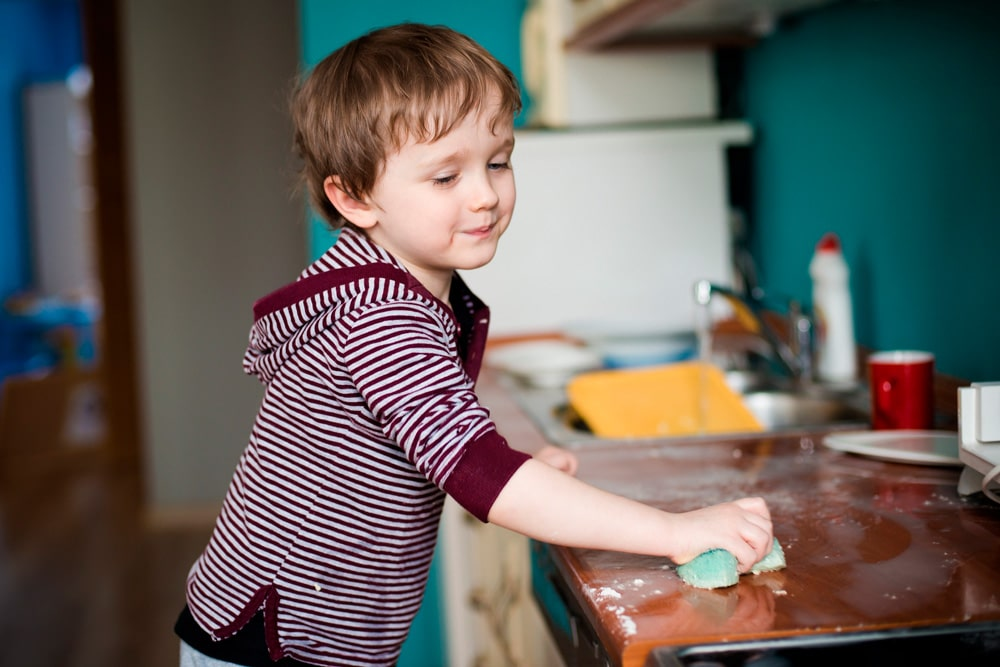tareas domésticas niños varones
