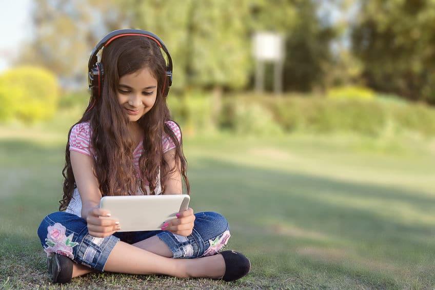 Entretener a los niños con la tablet