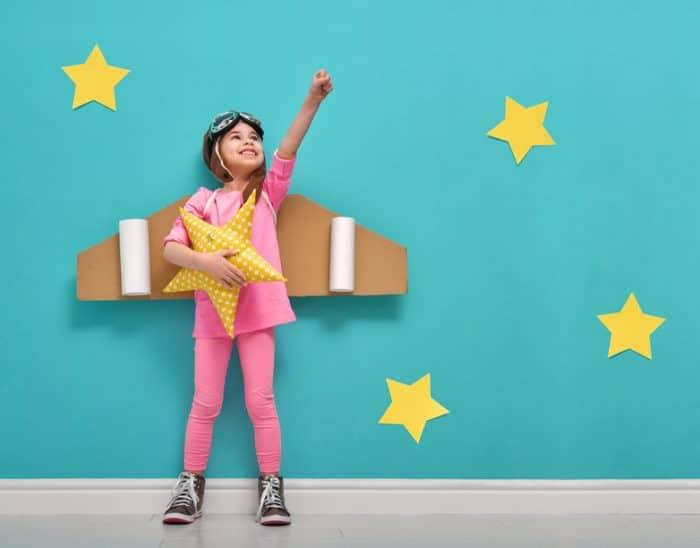 Beneficios y ejemplos de juegos de roles para niños