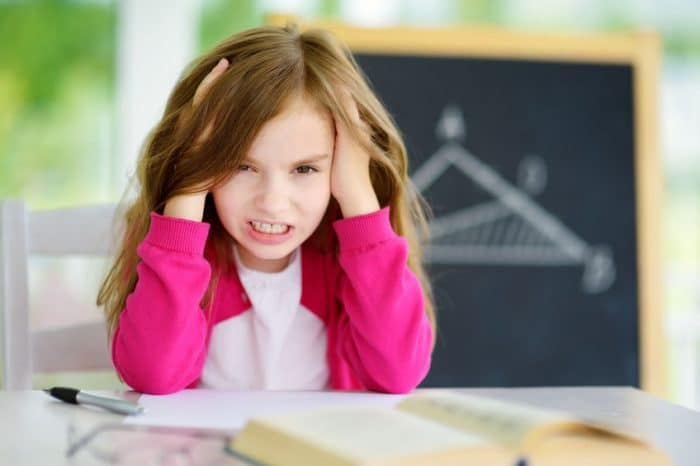forzar aprendizaje niño