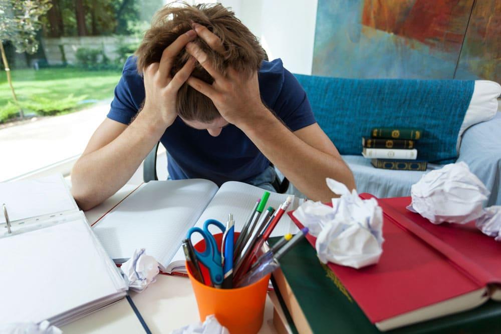 Ayuda a tu hijo adolescente a superar el miedo al fracaso