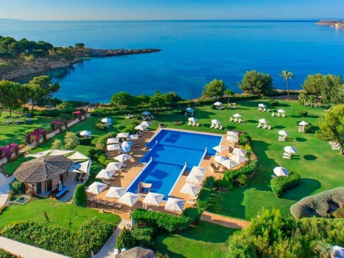 Hotel St. Regis Mardavall Mallorca Resort, en Portals Nous, Mallorca