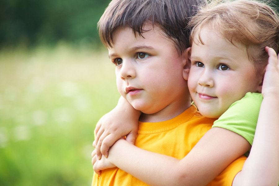 Si no quieres abrazos, tu infancia tiene mucho que ver - Etapa Infantil