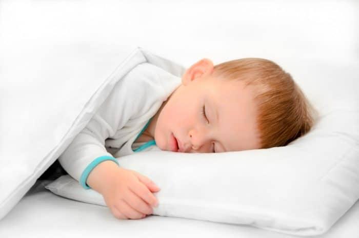 Almohada para niños de 2 a 3 años