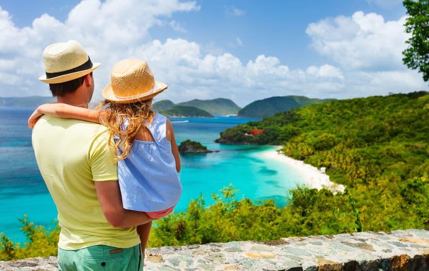Los viajes aportarán más felicidad a tus hijos que los bienes materiales