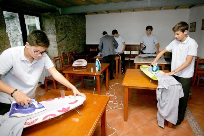 Aprender tareas domésticas escuela