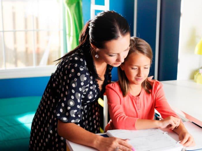 Cómo hacer los deberes escolares con tus hijos