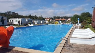 Camping Land's Hause Bungalow, en Pataias, Portugal
