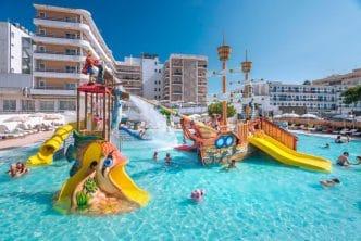 Hotel Sorra Daurada Splash, en Malgrat de Mar, Barcelona
