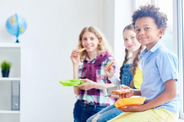 Problemas recreo escolar almuerzo
