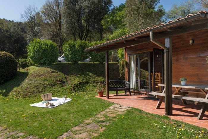 Camping Ecológico Lava, en Santa Pau, Girona