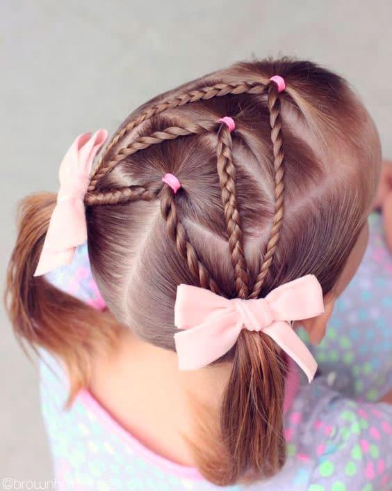 Peinado niña Trenzado con dos coletas