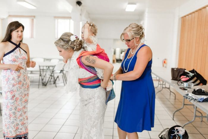 porteando hija novia boda 2