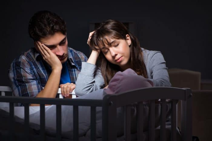 padres horas sueño primer año bebé