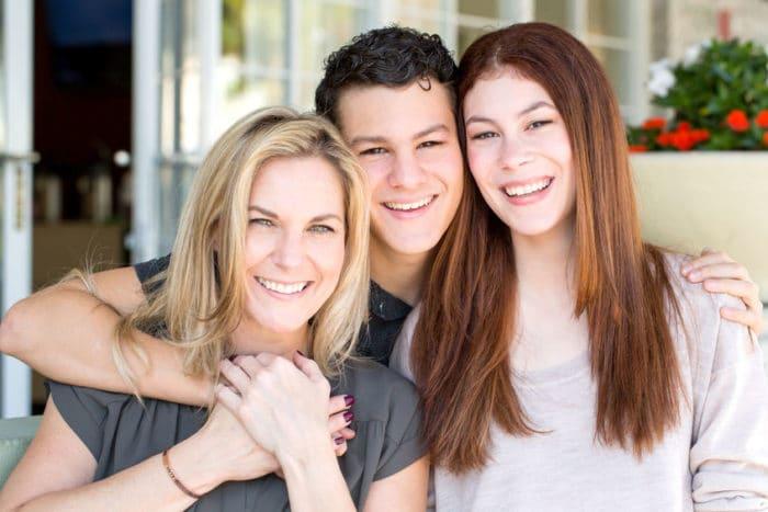 Madre explica cerebro hijo adolescente