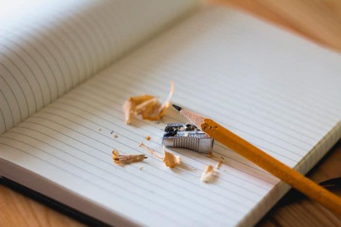Escribe porque, porqué, por qué o por que