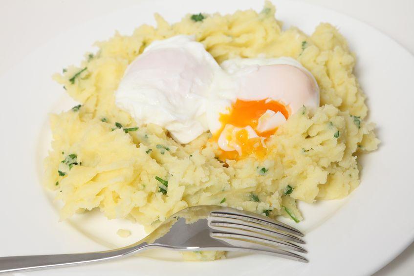 Receta Huevo en nido de puré de patata