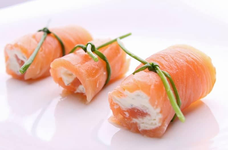 Receta Rollitos de salmón y queso