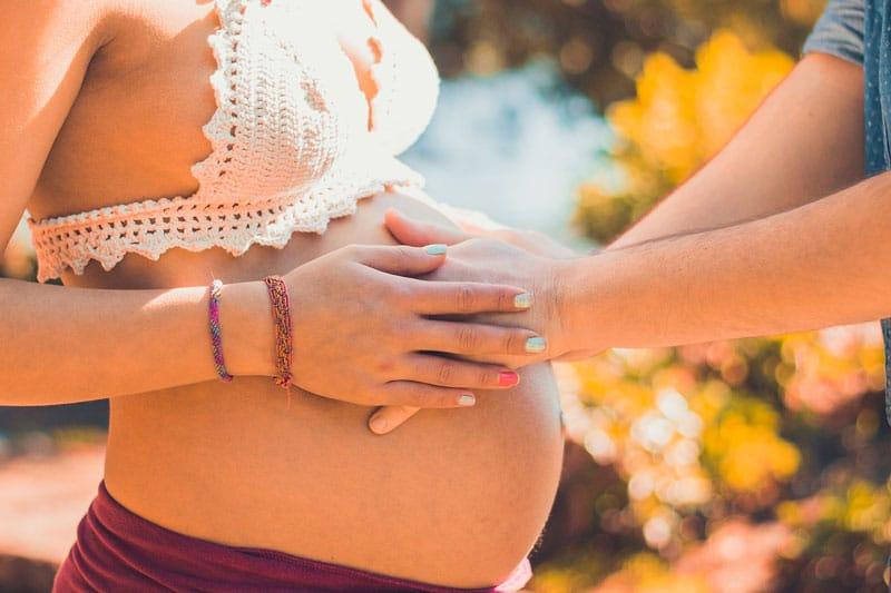 forma barriga embarazada niño o niña