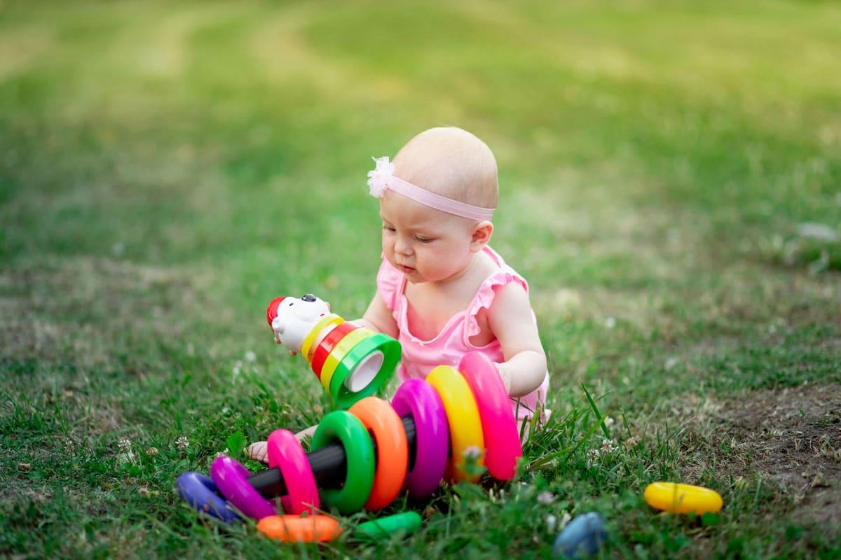 Nombres de bebé que suenan bien en inglés, español y otros idiomas