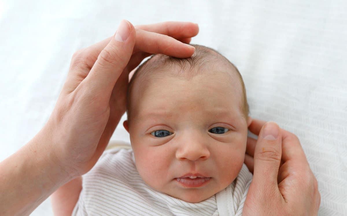 recién nacido percibe cosas