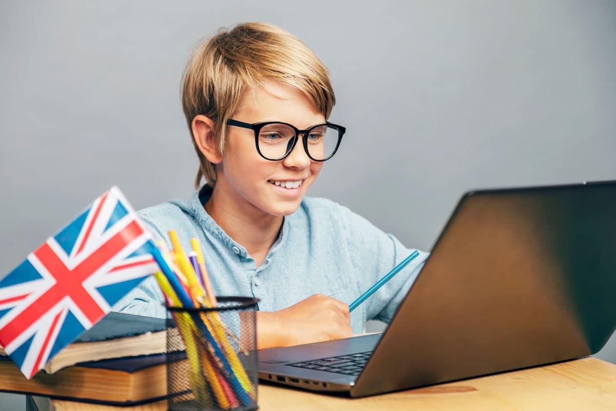 Enseñar inglés a los niños desde casa: ¿Cómo hacerlo más fácil y divertido?