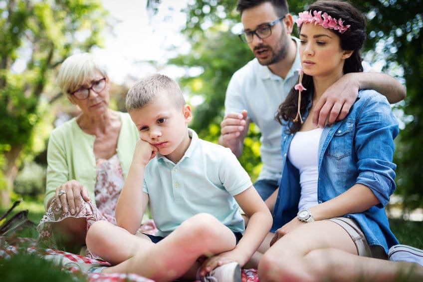 padres niño carácter fuerte