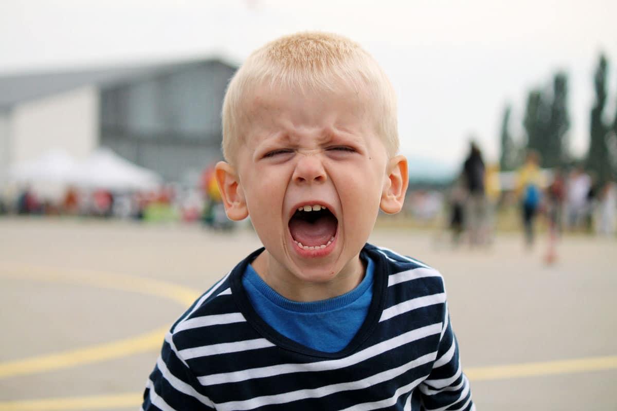 Si tu hijo está enfadado, así es cómo puedes hablar con él…
