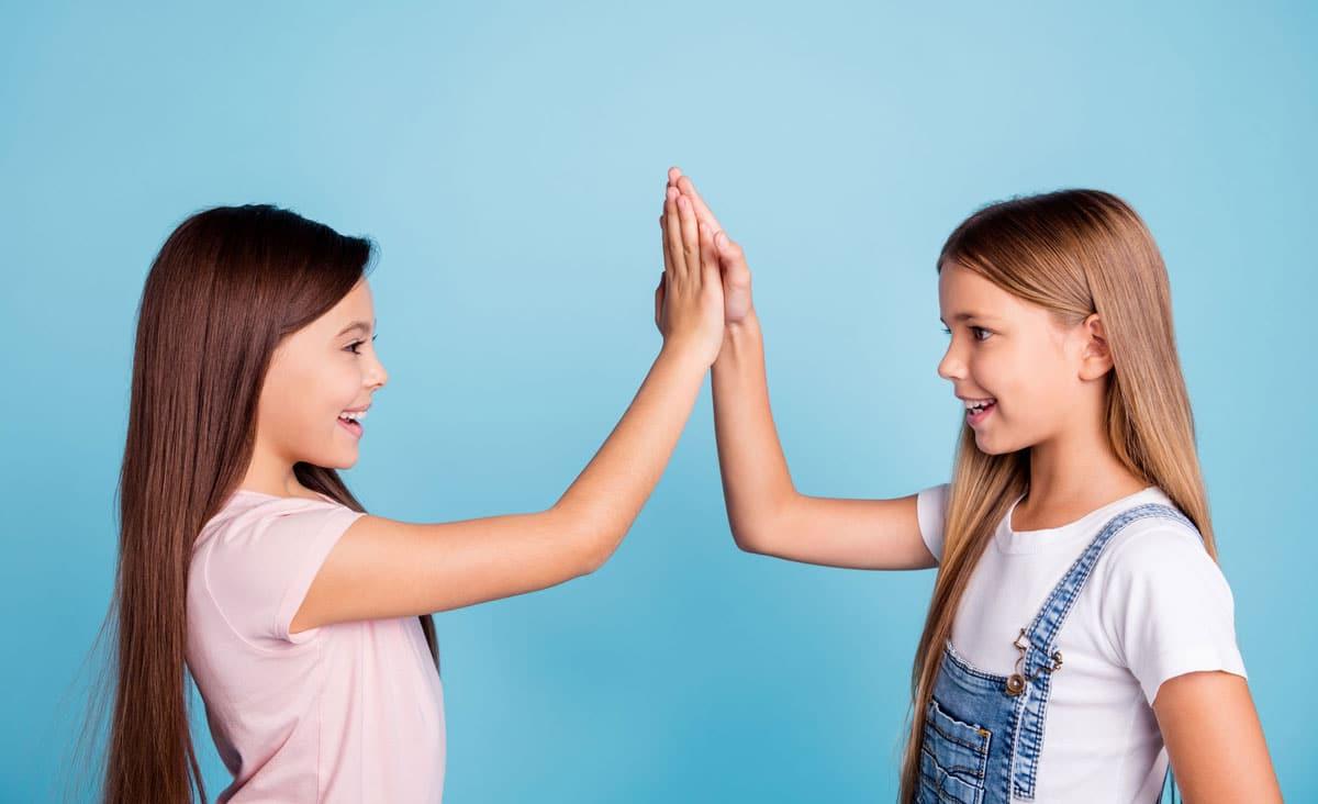 ¿Cómo apoyar a tu hijo para que deje de buscar la aprobación de los demás?