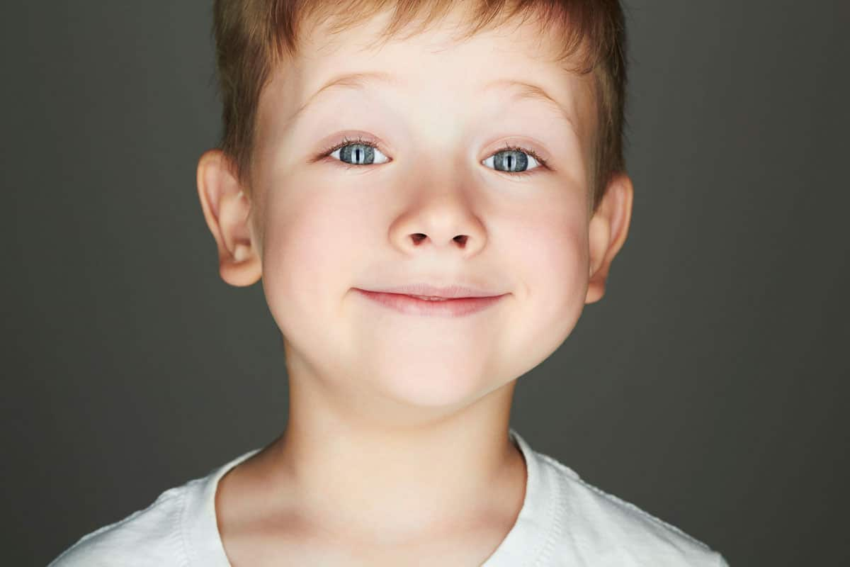 Niños buenos e inocentes: edúcales para que no abusen de ellos