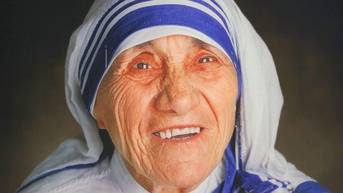La Madre Teresa de Calcuta: Símbolo de la caridad entre los pobres