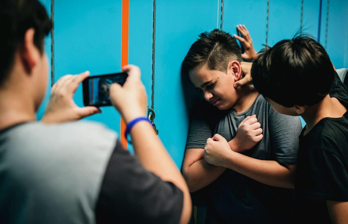 Los factores que predicen que un niño puede sufrir acoso escolar