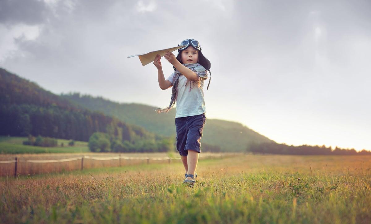 5 aviones de papel míticos para hacer con niños