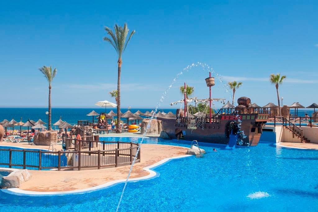 Hoteles para descubrir con niños la Costa del Sol