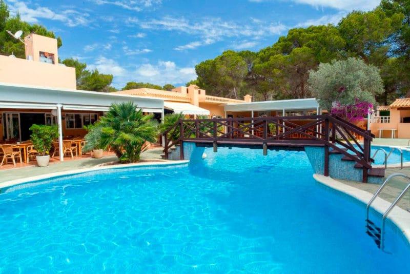 Apartamentos Ses Eufabietes, en Sant Francesc Xavier, Formentera