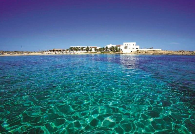 Hotel Roca Bella, en Es Pujols, Formentera