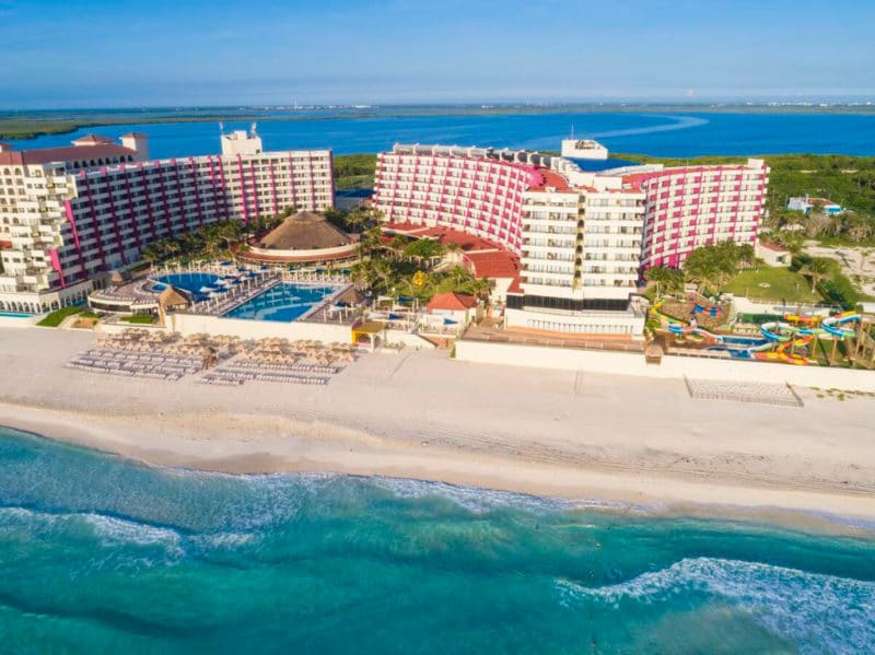 Hotel Crown Paradise Club Cancún, en Zona Hotelera, Cancún, México