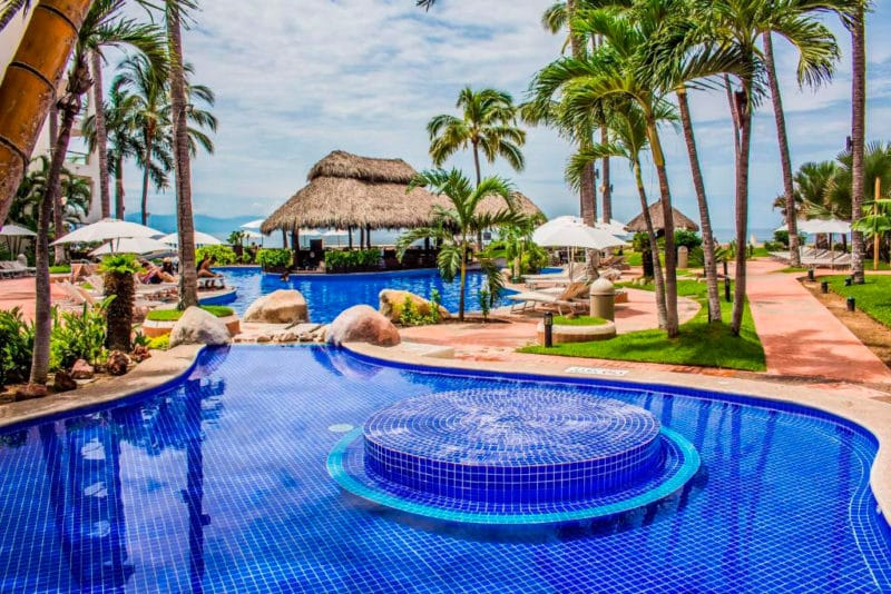 Hotel Plaza Pelicanos Grand Beach Resort, en Zona Hotelera, Las Glorias, Puerto Vallarta, Jalisco, México