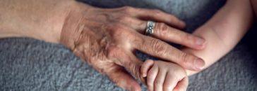La abuela materna tiene una gran importancia para la vida de un niño